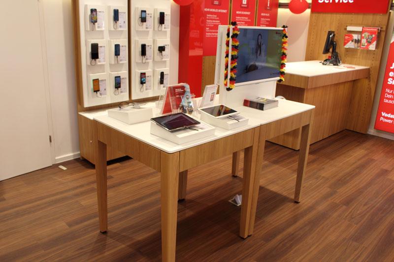 Vodafone Shop Hamburg Gaensemarkt 36 20354 Hamburg Innenansicht