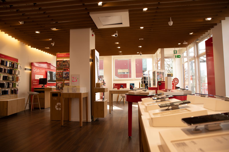Vodafone Shop Hamburg Wandsbek Friedrich Ebert Damm 130 22047 Hamburg Innen Beratung