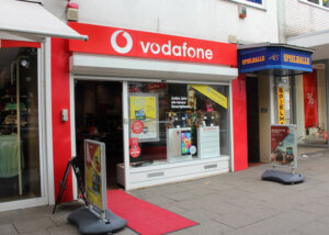 Vodafone Shop Hamburg Barmbek Fuhlsbuetteler Strasse 120 22305 Hamburg Aussenansicht