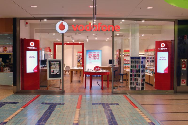 Vodafone Shop Hamburger Meile Hamburger Str. 19-47 EKZ 22083 Hamburg Aussenansicht